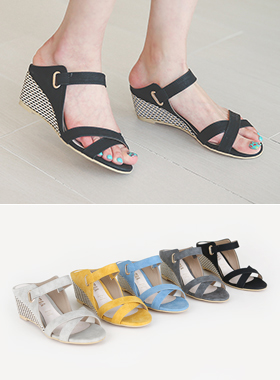 Rolling cross Wedge heel