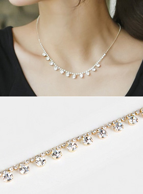 Gold cubic necklace