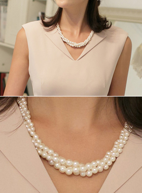 Christine pearl Necklace
