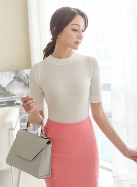Corrugated half-neck short-sleeved knit (fall)