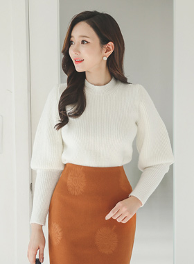 Soft Knit balloon sleeves