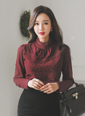 Allure ring, brushed lace blouse Top