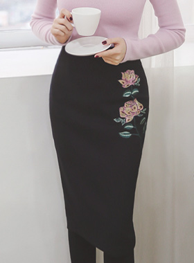 It rose embroidery Pencil Wool Skirt