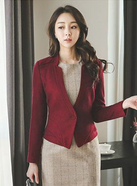 Mini Plum Shoulder buttons page wool jacket