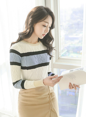 Margaret Cable color combination Knit