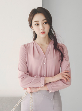 Pearl Button V-neck Blouse (Long Sleeve)