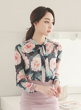 Fantasia Flower Blouse