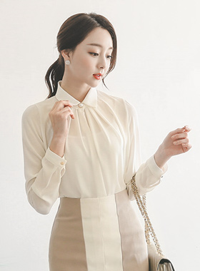 Gold ring pearl pin tuck Shirring Blouse