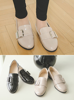 Enamel Square Buckle Loafers