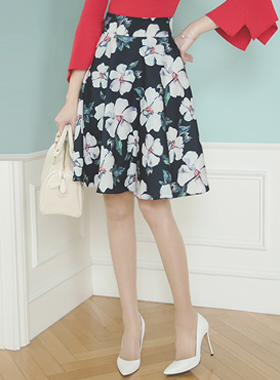 Water Flower Flare Skirt
