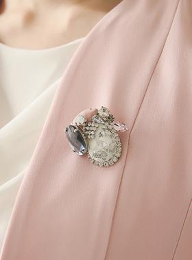 Lauren lace brooch cubic handicrafts