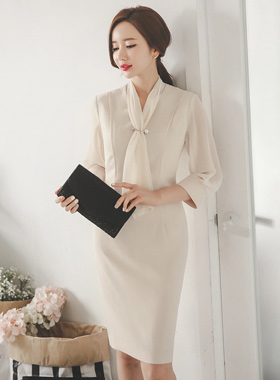Pearl brooch scarf Chiffon Dress