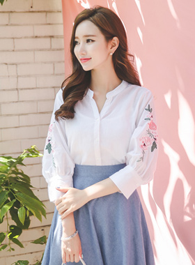 Flower Embroidery Linen Cotton Blouse