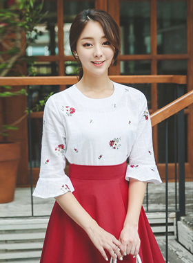 Plate Embroidery Linen Cotton Blouse