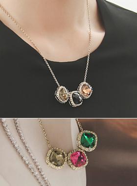 Triple gold square topaz Necklace