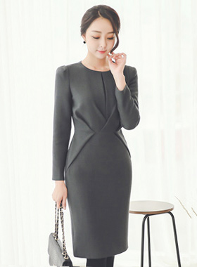Inverted Fold Volume Dress (Long Sleeve)