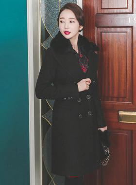 Slim double wool coat