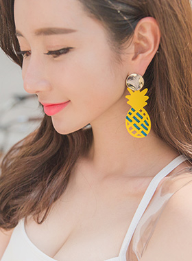 Fresh pineapple bold earring