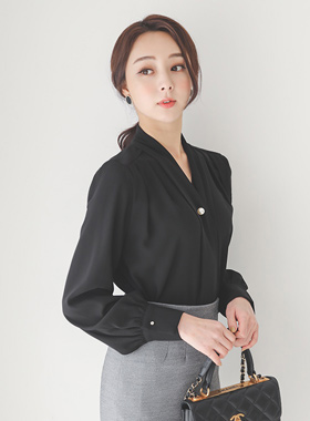 Classic Pearl Brooch Tie Blouse