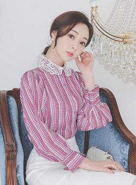 Motive Rose-Lace Collar Patterns Blouse