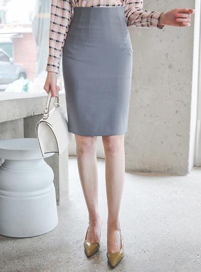 Simple Back Line Span Slim Skirt