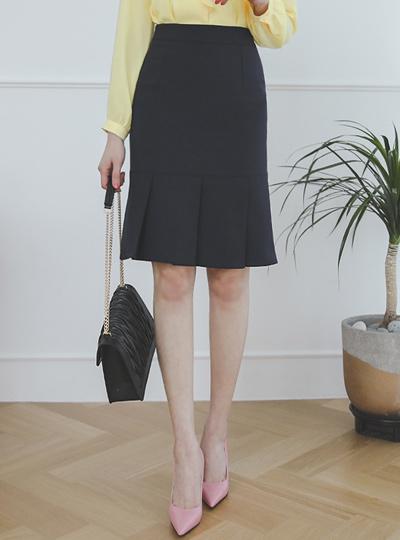 Classic Pleats H-line Span Skirt