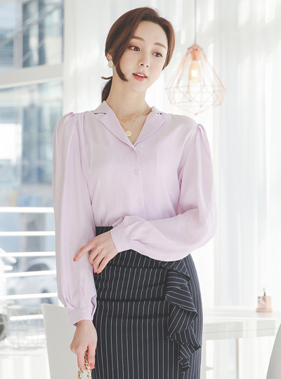 Silky-Touch Puff Collar Blouse
