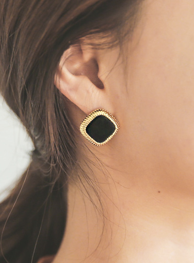 Suede Black gold earring