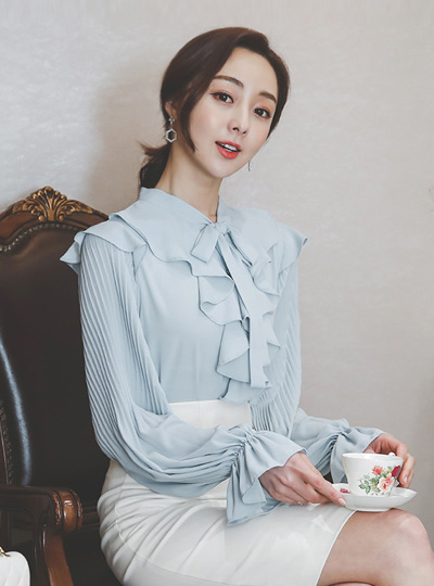 Lovely Pleats Cuffs Sleeves Blouse