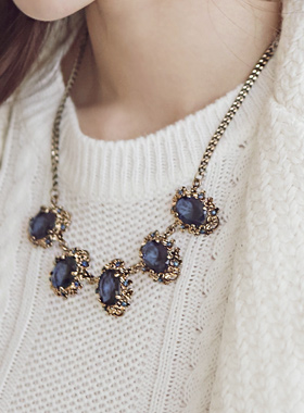 Businesses Blue Thumb Necklace