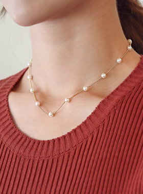 Line Pearl Gold Necklace