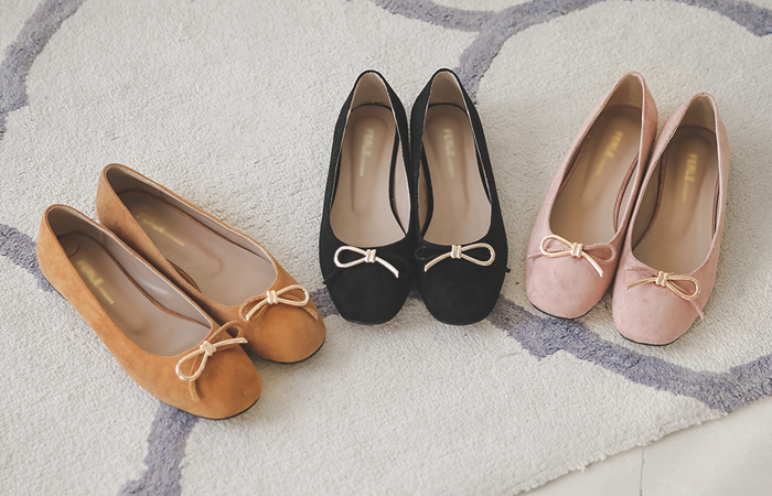 Half Ribbon Suede Flat shoes