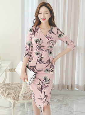 Fantasy Flower Silky Dress the span