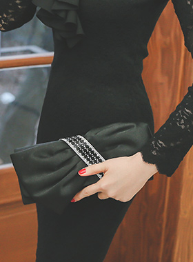 Luxury Satin Ribbon Cubic Clutch
