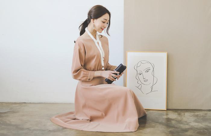 Vivian Shirring Hul Dress