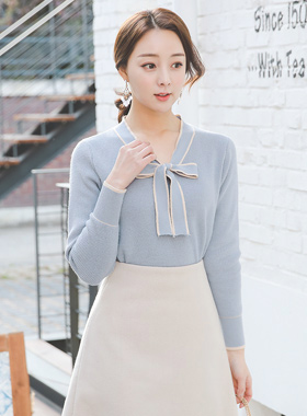 Serenity color combination Ribbon Tie Wool Knit