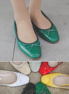 Enamel Square Rounding Petit Flat shoes