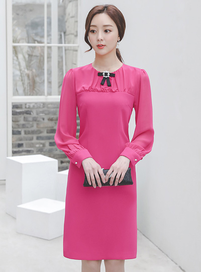 Shirring-Chiffon Pearl-Ribbon Brooch Dress