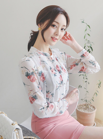 Monet Flower Shirring-Chiffon Pearl Blouse
