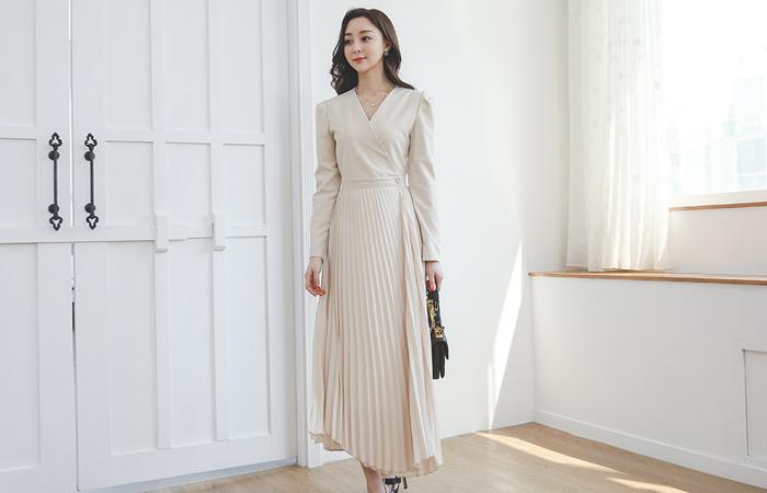 Wrap Style V-neck Pleats Long Dress