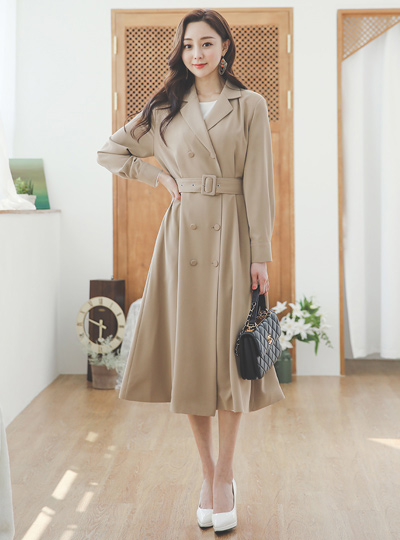 Double Eyelet Belted Flared Trench Coat