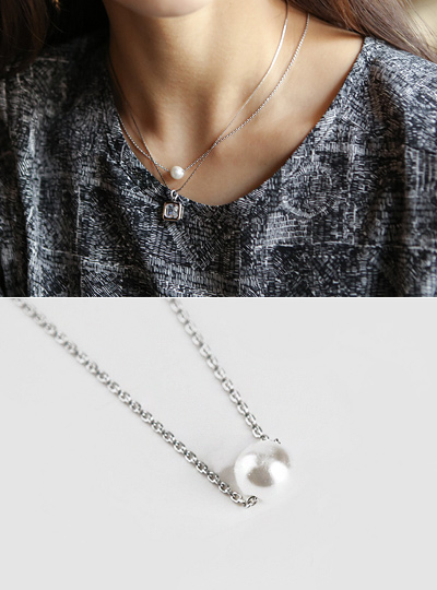 Lease pearl Necklace