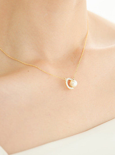 Round cubic Necklace