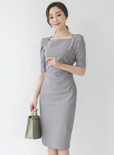 Side Pinch-Shirring Square Neck Dress(short sleeves)