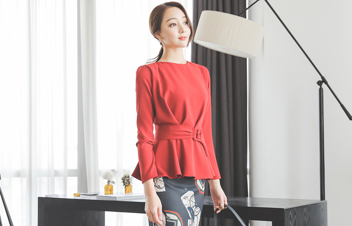 Finch Shearing Flare Belt Blouse