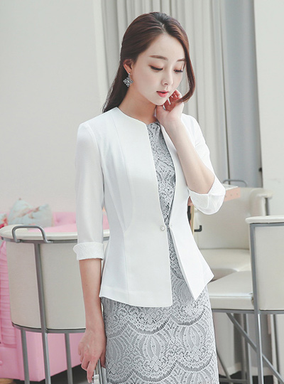 Luxury pearl Back Pleated Jacket (7 sleeve)