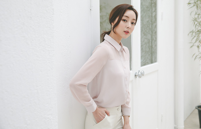 Pale See-through Shoulder Collar Blouse
