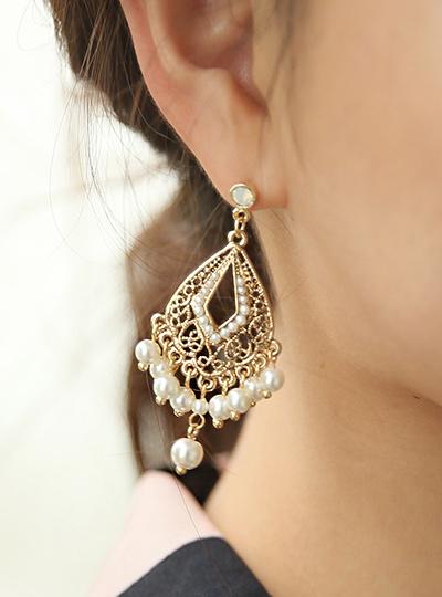 Luxury chandelier earring