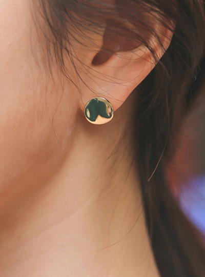simple round earring