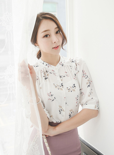 Rosalie Floral Shearing Pearl Blouse